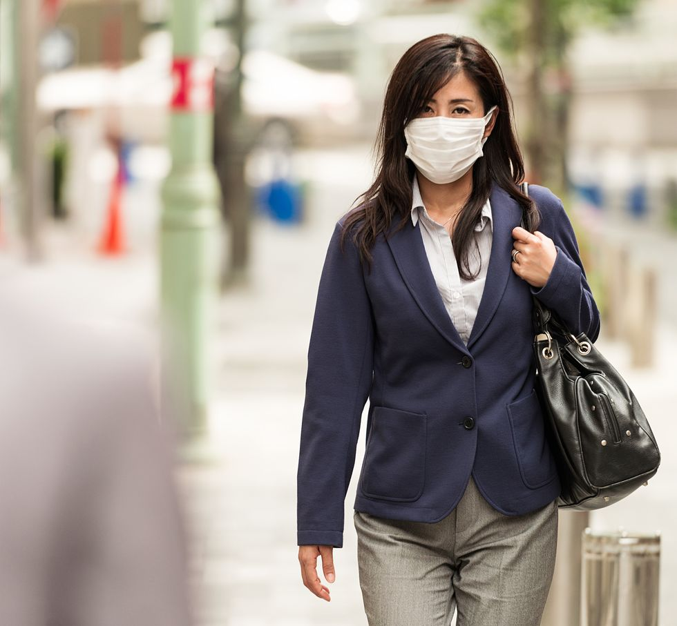 Breathing Dirty Air May Raise Miscarriage Risk