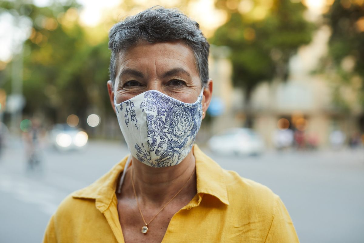 Cloth Masks Do Protect the Wearer – Breathing in Less Coronavirus Means You Get Less Sick