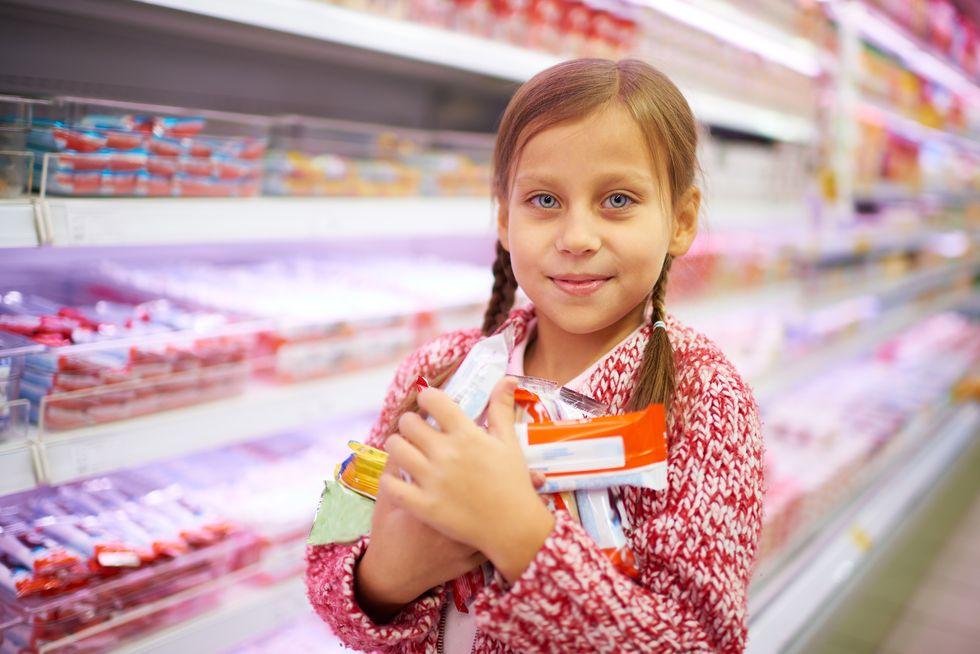 Cookies, Apples or Yogurt? Not Always a Simple Choice for Kids