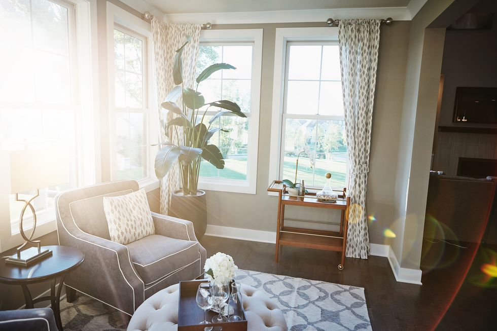 Decluttering Tips for an Organized Home