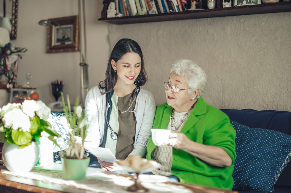 For Elderly Needing Home Medical Care, Are Nurse Practitioners the Answer?