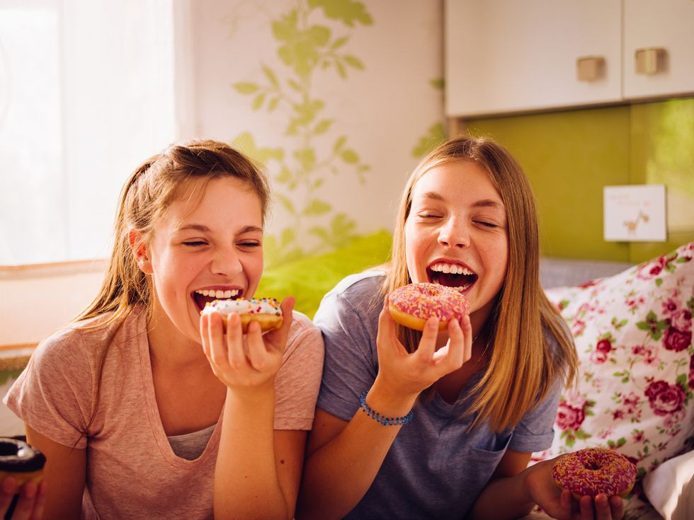 Bad Diet in Youth Might Raise Risk of Early Breast Cancer
