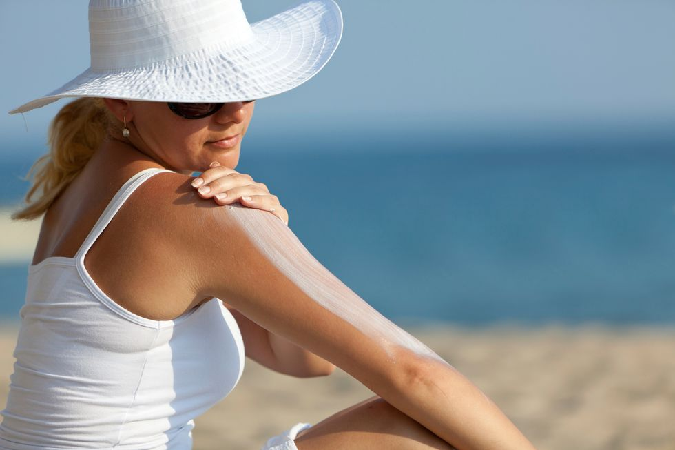 How to Use Sunscreen the Right Way