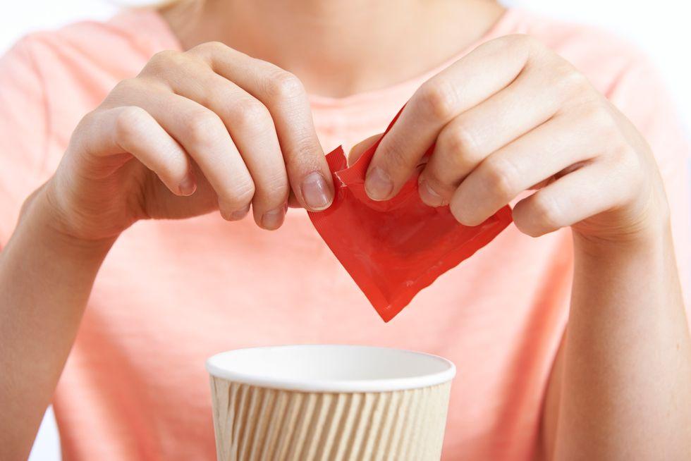 Artificial Sweeteners Trick the Brain