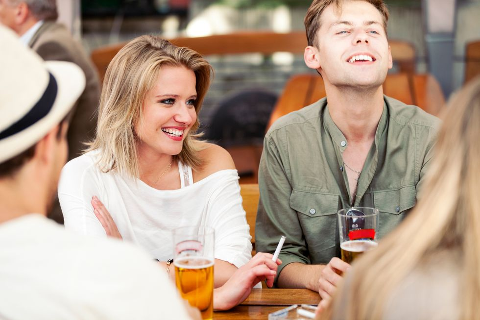<p>THURSDAY, Nov. 16, 2017 (HealthDay News)—Don't want to look old before your time?</p>  <p>A new study suggests that heavy dri