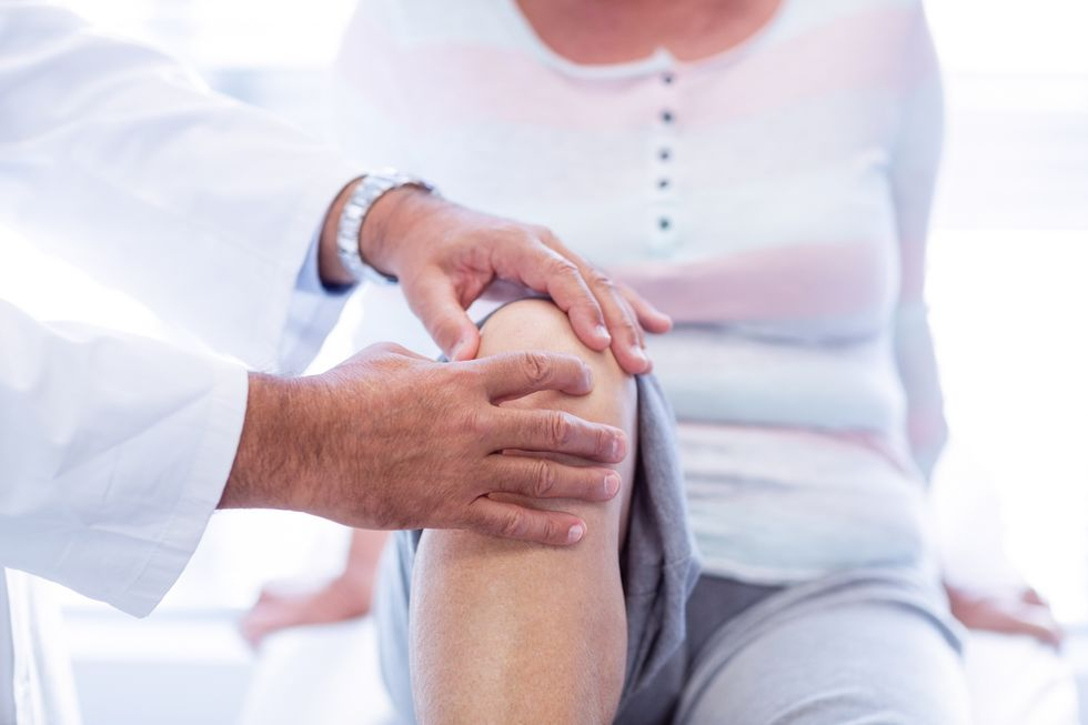 Do 'Cures' for Knee Pain From Stem Cell Clinics Work?