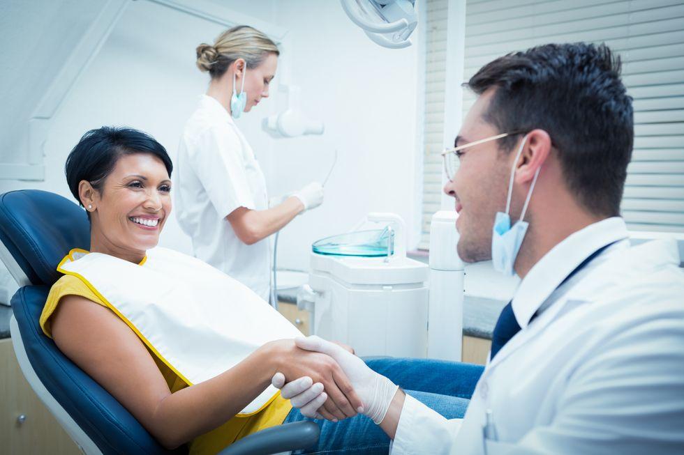 More Kids, Fewer Teeth for Moms?