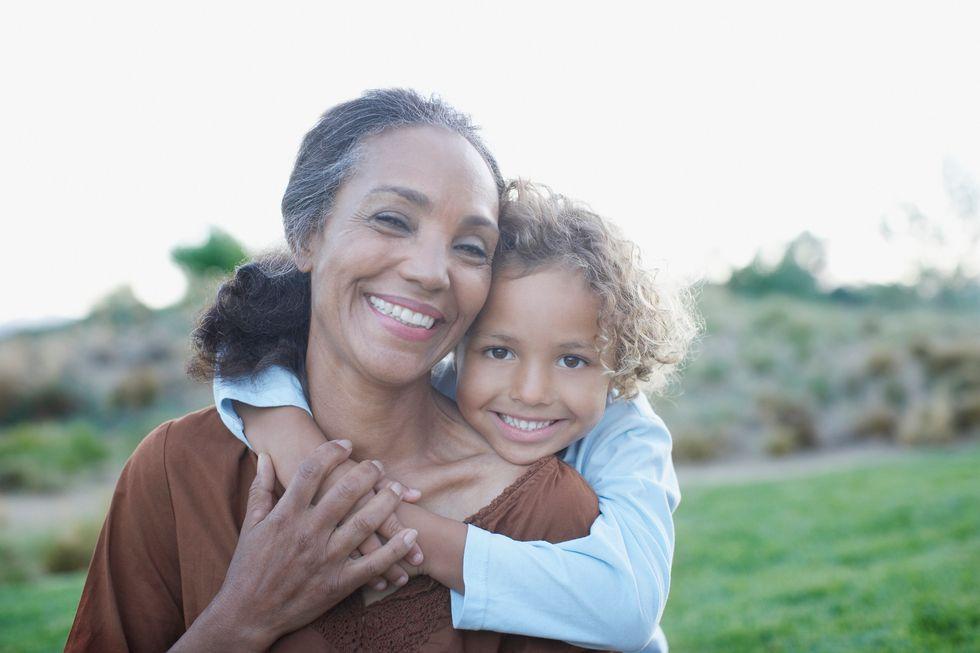 Having More Kids Tied to Lower Odds of Alzheimer's in Women