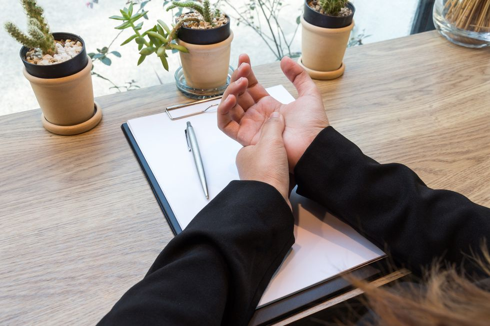 Warning Signs of Carpal Tunnel Syndrome