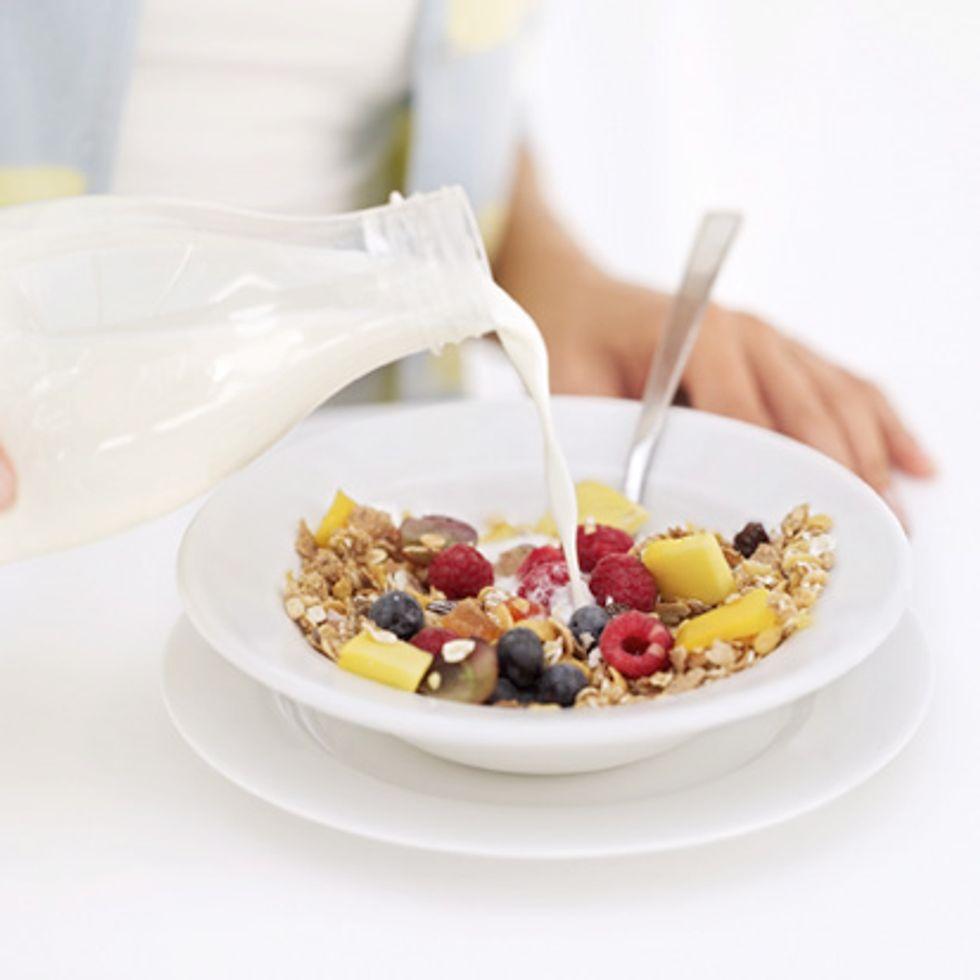 milk-substitute-710467.jpg
