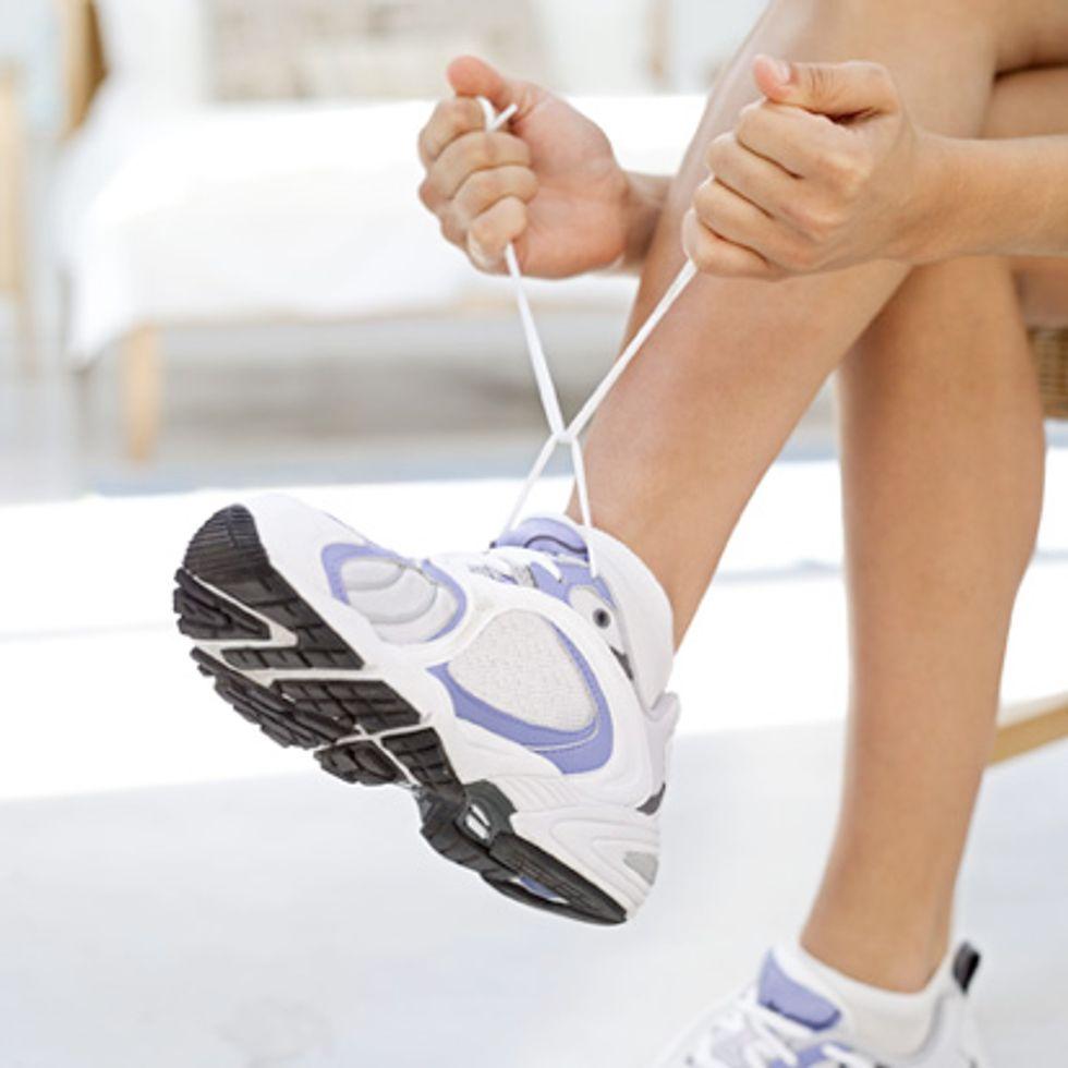 sneakers-773240.jpg