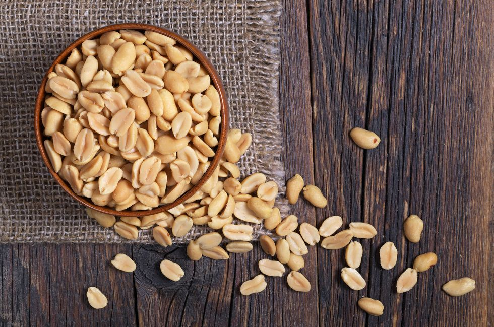 5 Reasons You Can Lose Weight With Peanuts