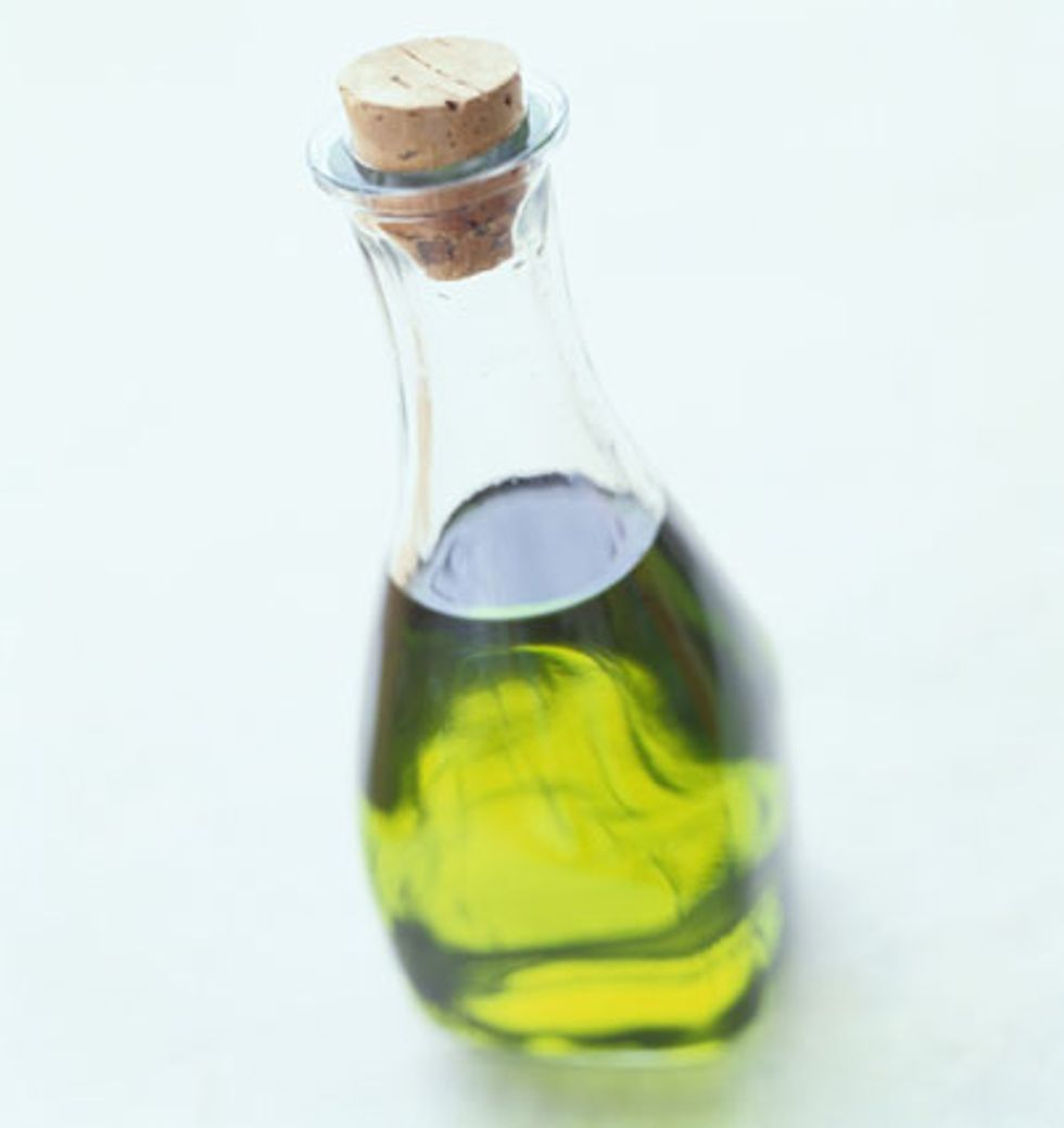 oliveoil-702198.jpg