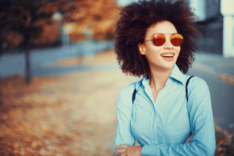 Use Sunscreen and Sunglasses in All Seasons