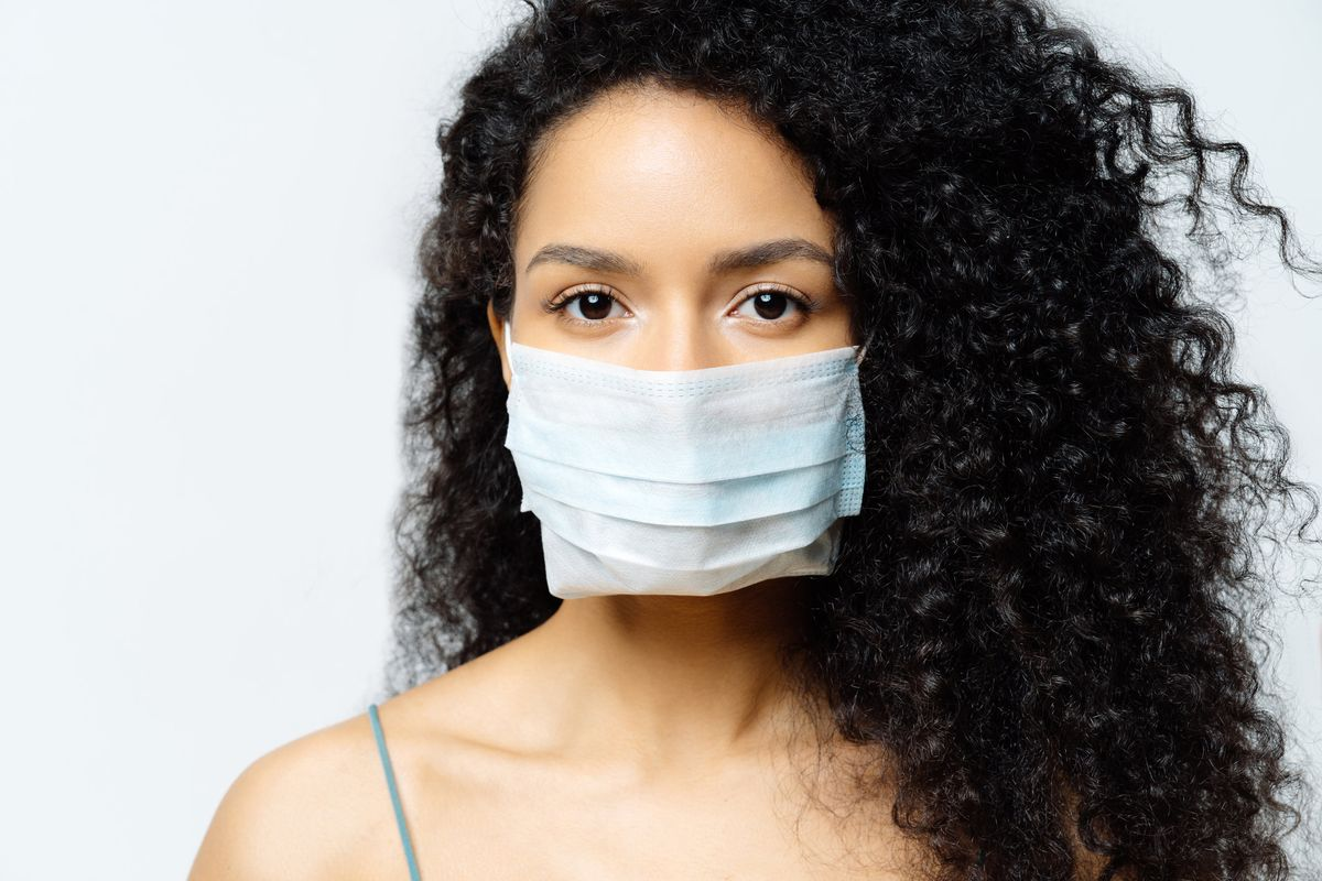 How to Make Sure Your Mask Maximizes Protection, According to a Nurse
