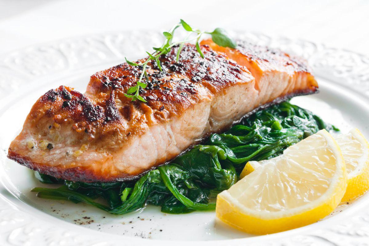 Baked Salmon With Sautéed Spinach