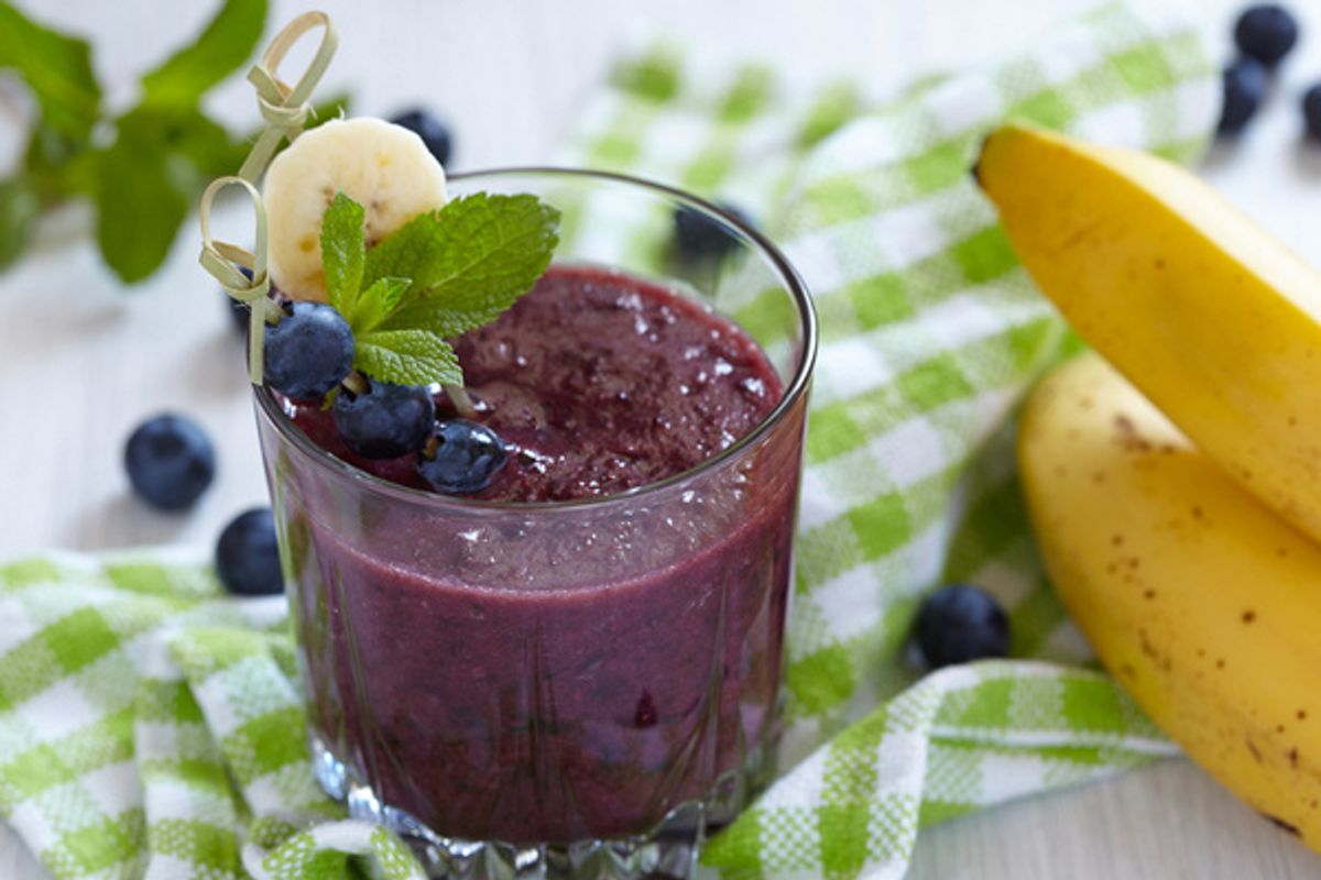 Blueberry Banana Oatmeal Chia Smoothie