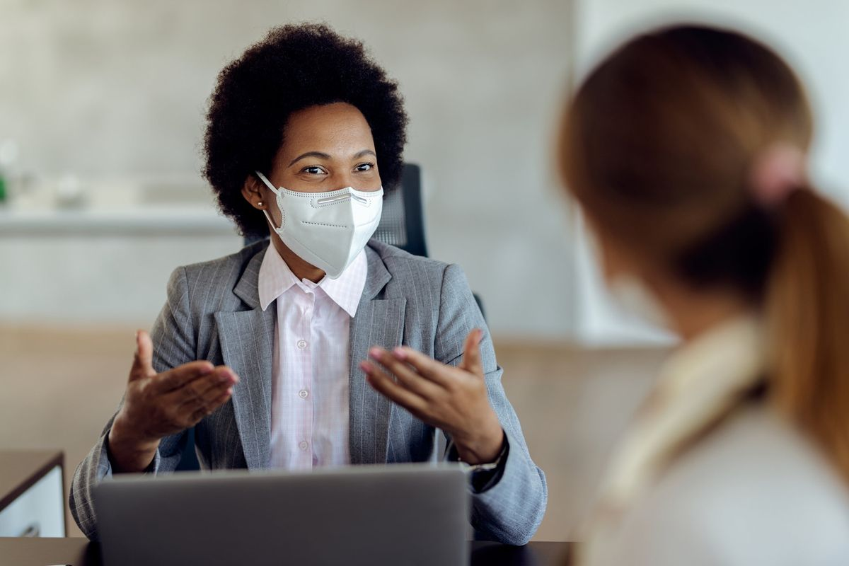 3 Ways to Get Your Point Across While Wearing a Mask – Tips From An Award-winning Speech Coach