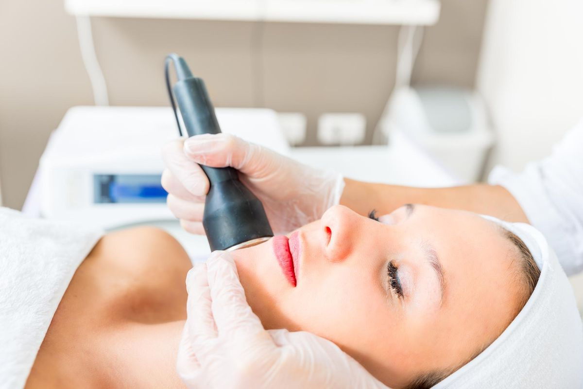 Get the Facts About Common Cosmetic Procedures: Laser Skin Resurfacing