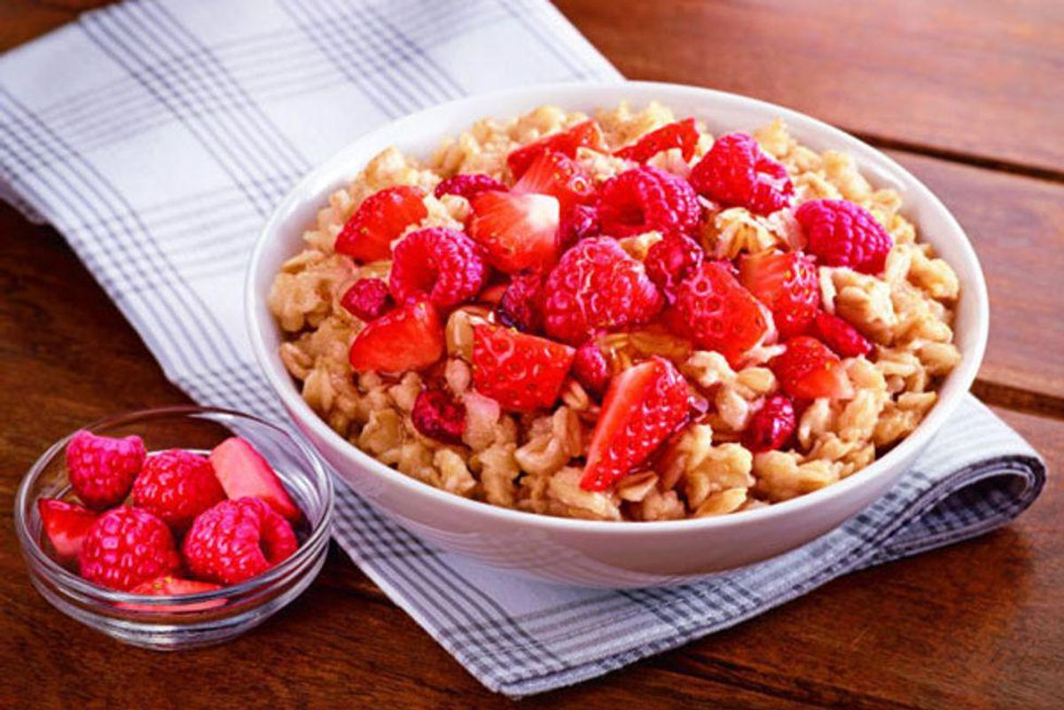 Red Fruit Trio Oatmeal