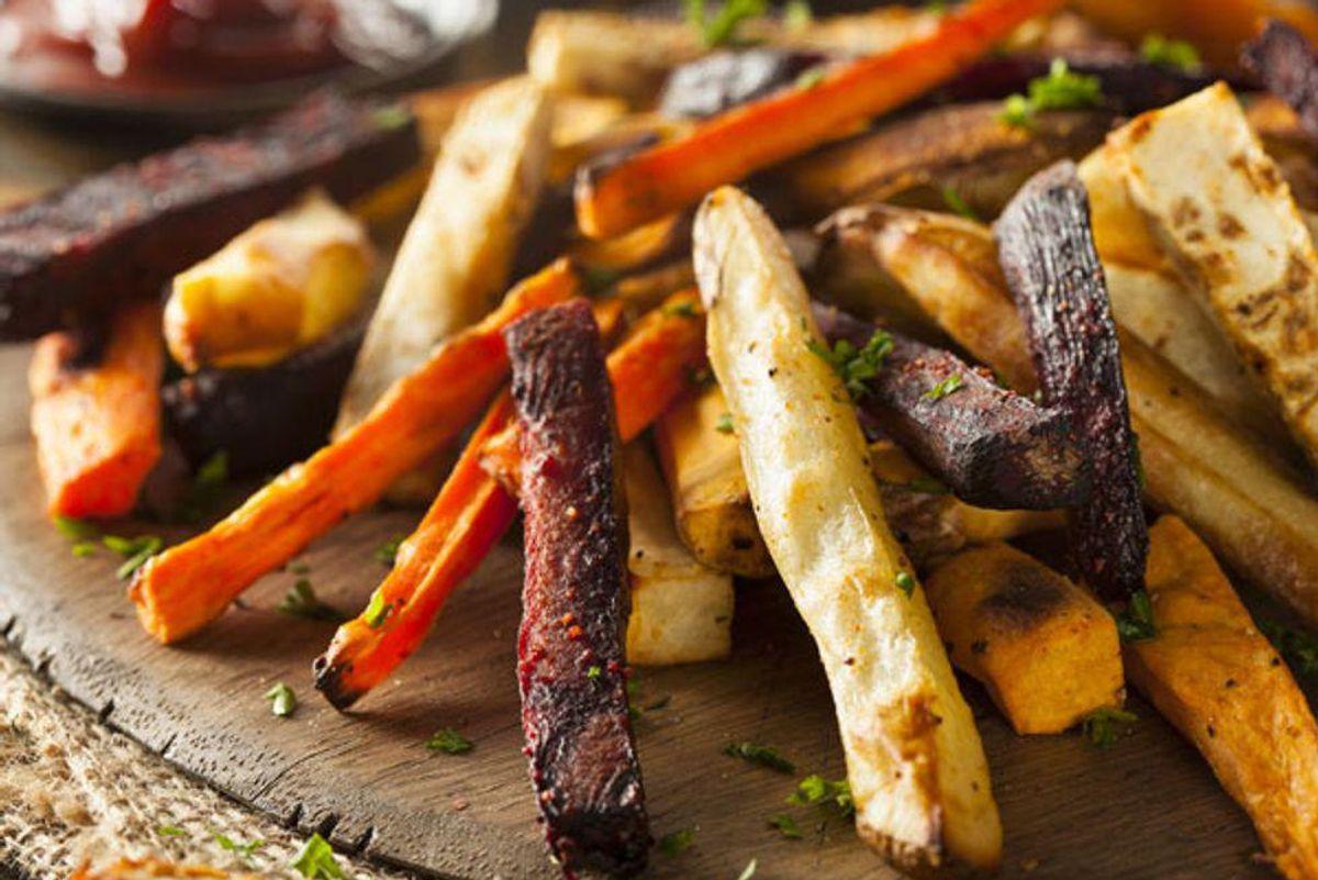 Vegetable Fries With Pumpkin Dip