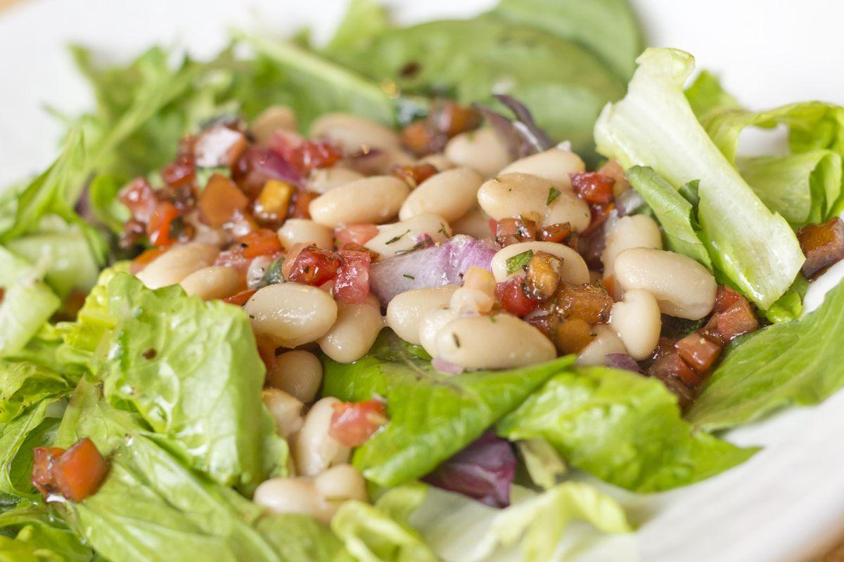 Garden Cannellini Bean Salad
