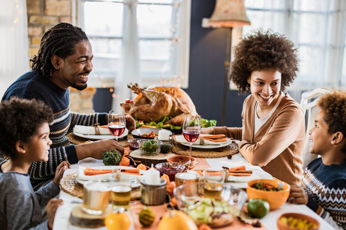 How to Have a Safe and Chill Thanksgiving