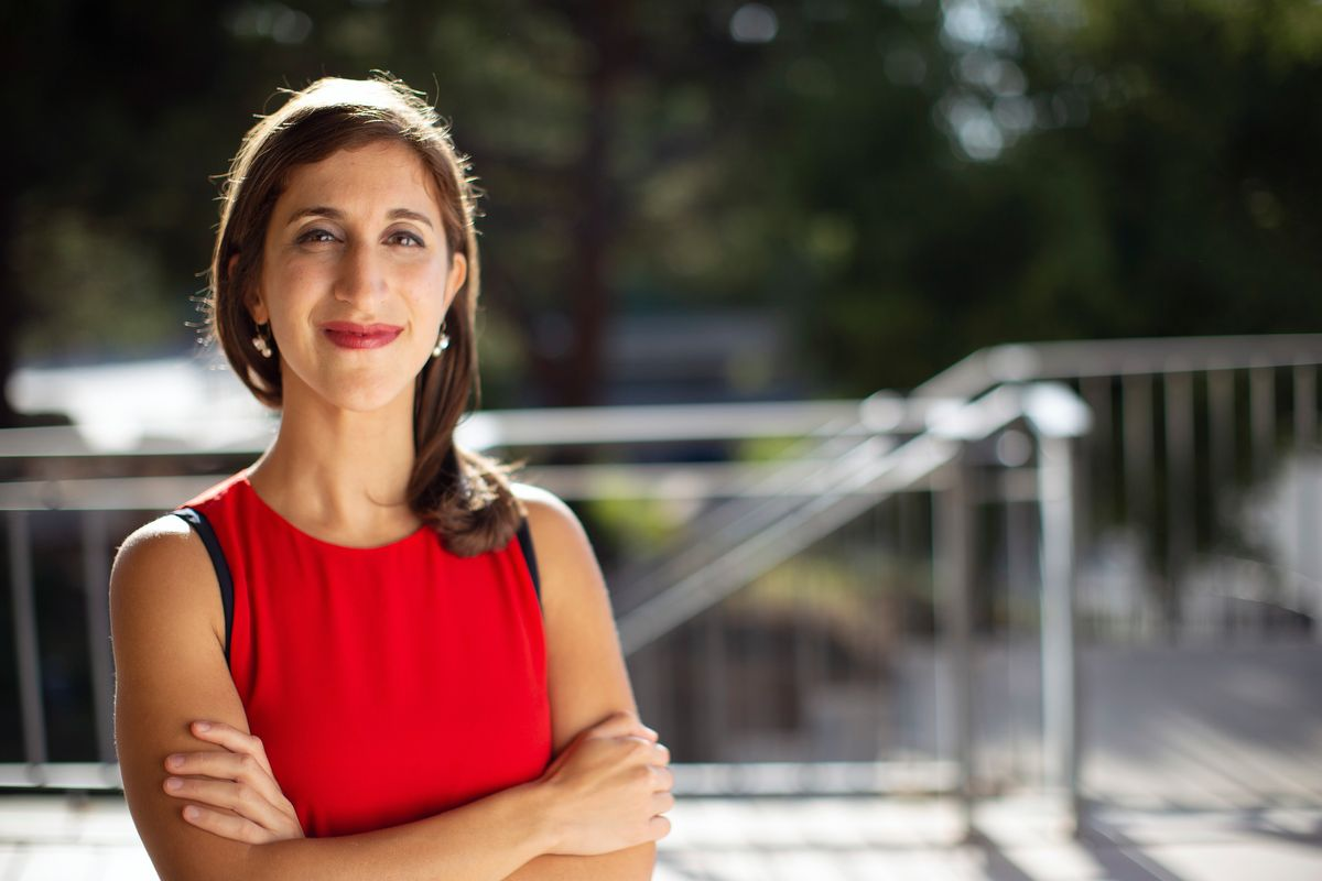L'Oreal Fellow Lisa Poulikakos Uses Engineering to Improve Breast Cancer Diagnostics