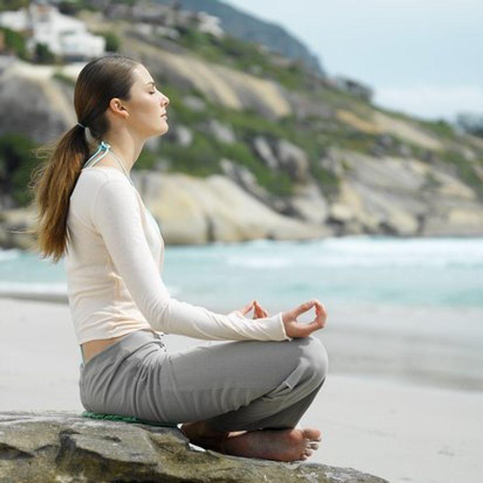 meditating-760469.jpg