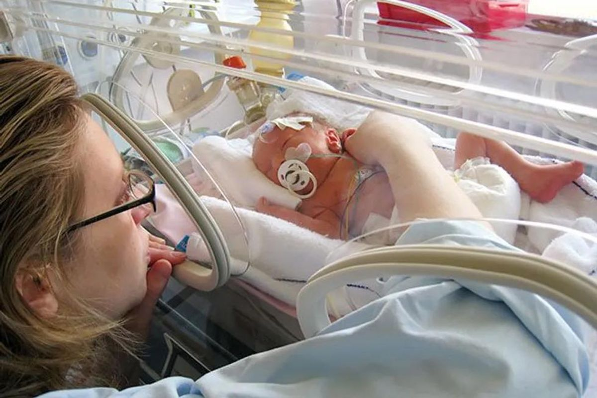 mom in nicu with baby