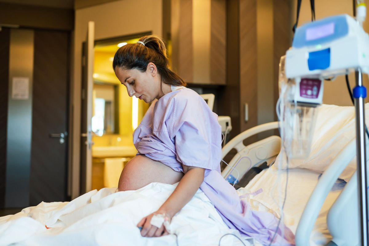 pregnant woman in the hospital ward and ready to delivery a baby