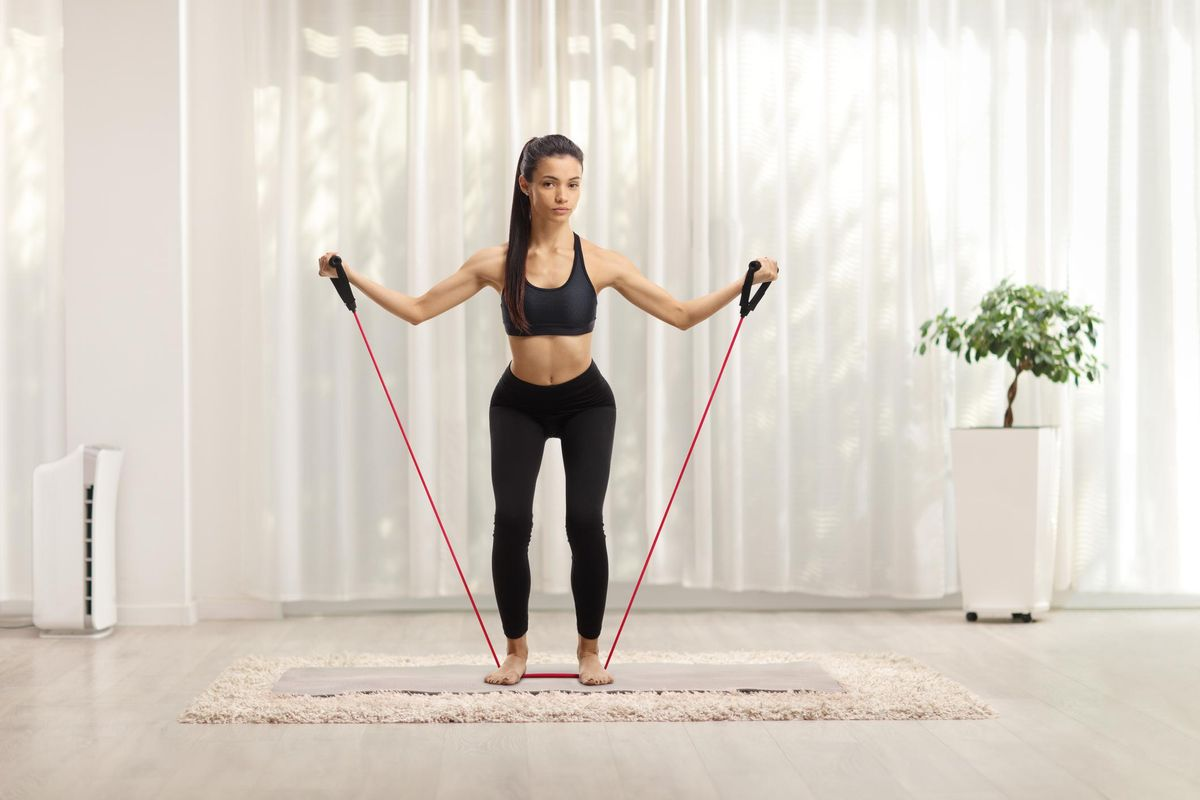 workout with resistance band